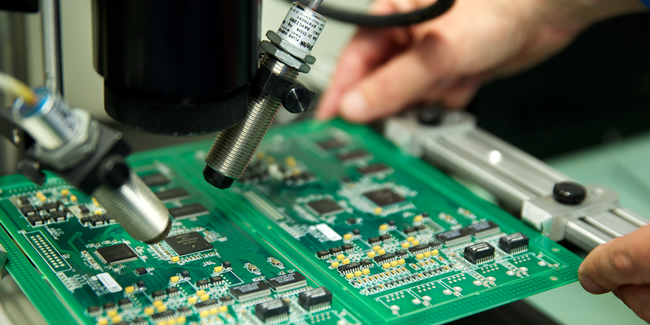 pcb manufacturing and pcb assembly mpe electronics
