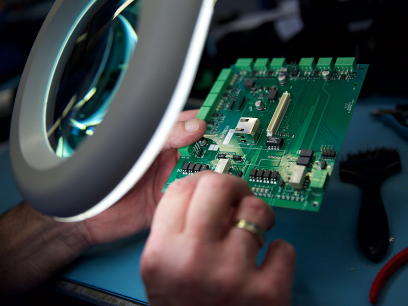 Electronics Manfacturing the Process by MPE